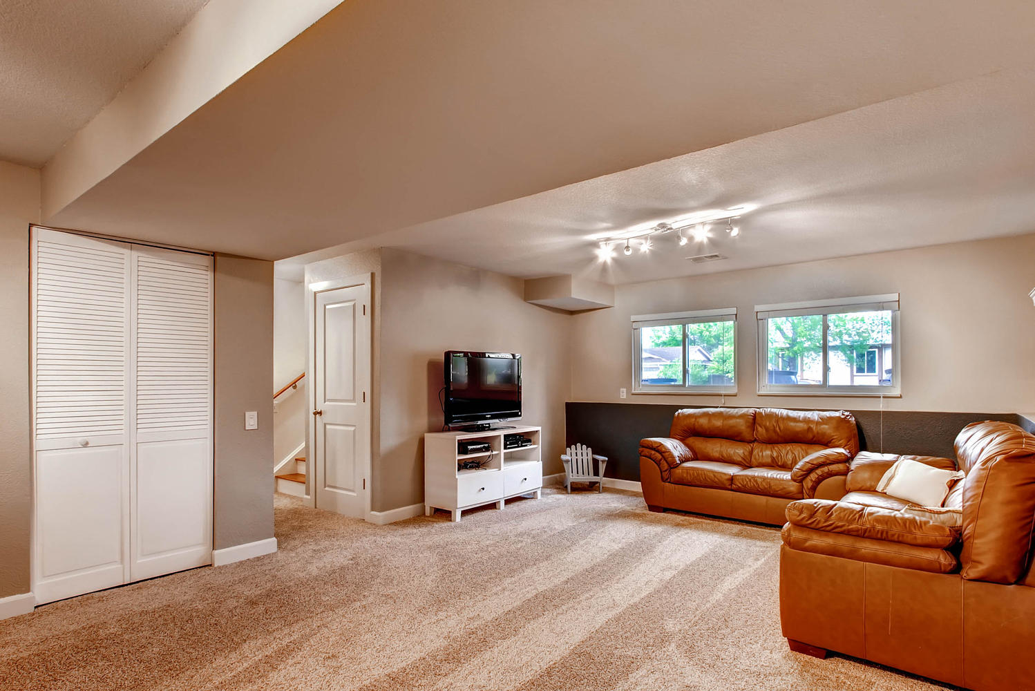 6637 Ingalls Ct Arvada CO-large-016-21-Lower Level Recreation Room-1499x1000-72dpi