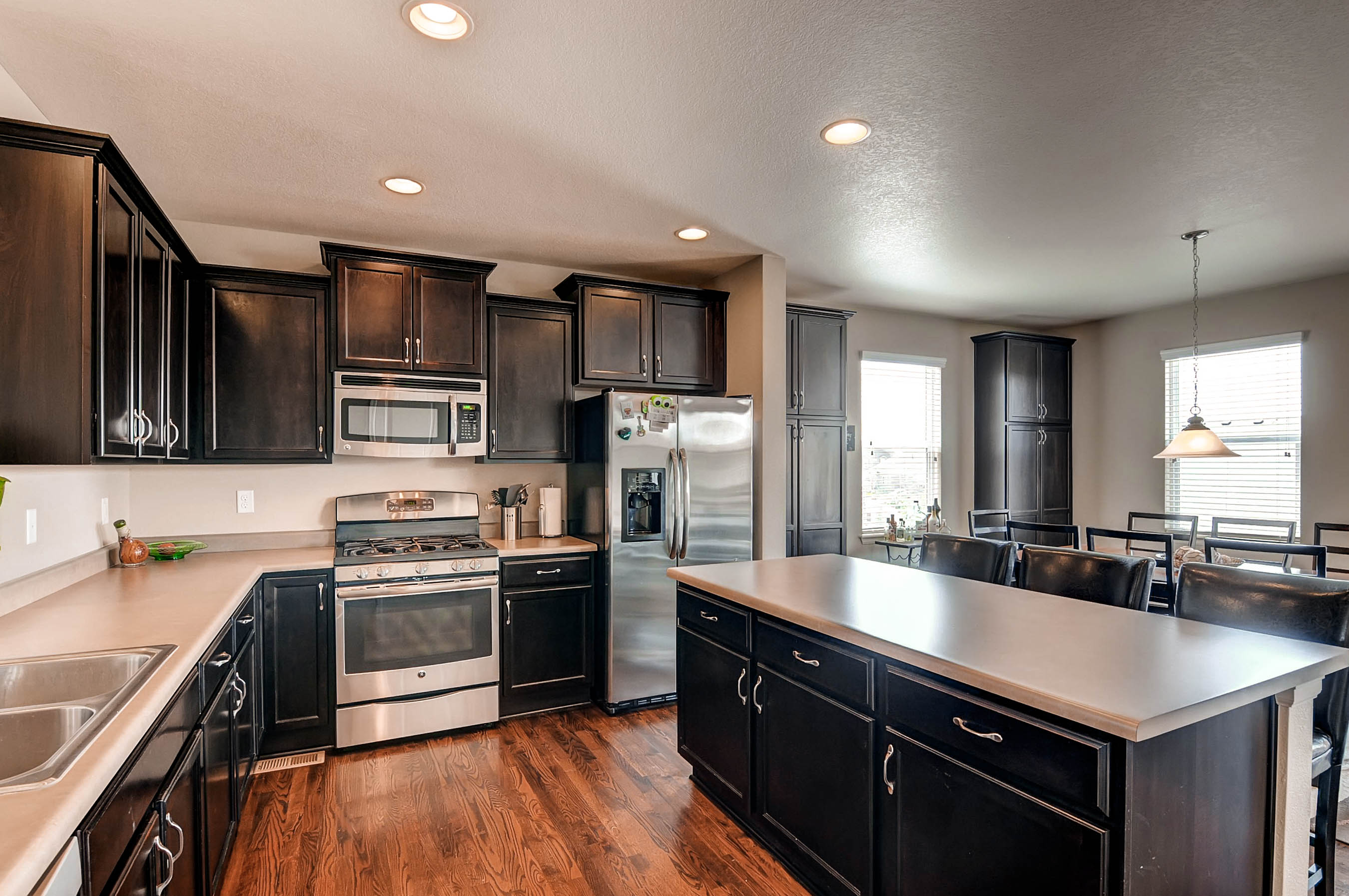10253 Nucla St Commerce City-print-009-7-Kitchen-2700x1794-300dpi