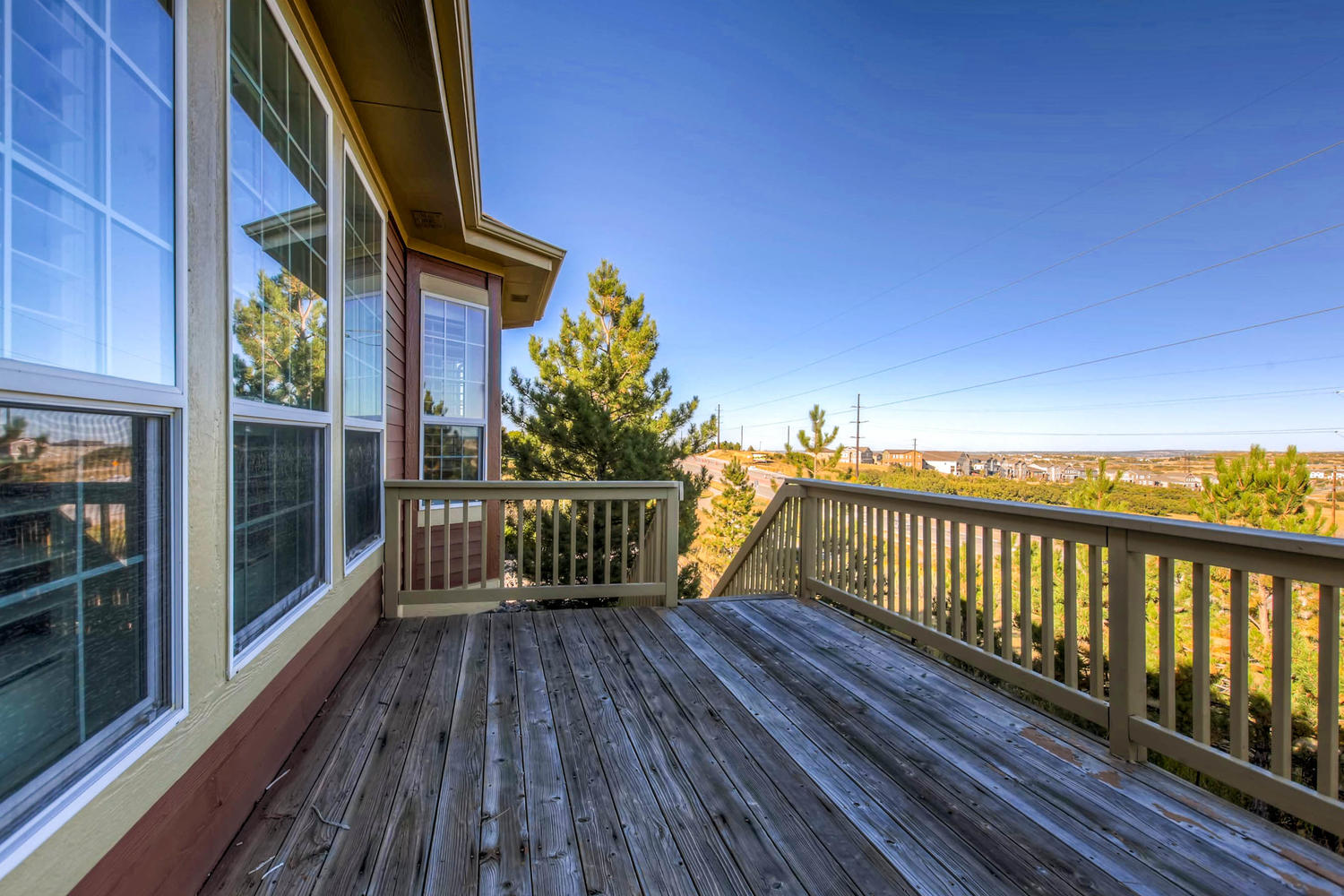 1308-suncrest-rd-castle-rock-large-025-26-deck-1500x1000-72dpi