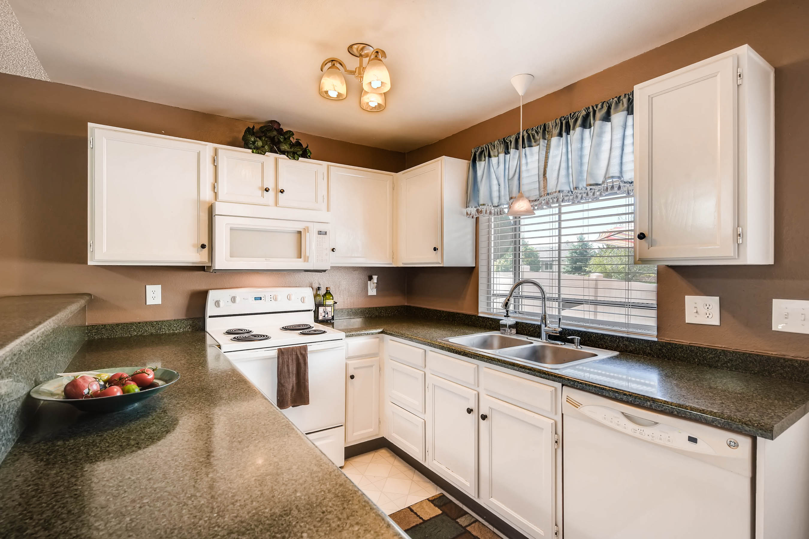 9615 W Chatfield Ave Unit E-print-010-9-Kitchen-2700x1800-300dpi