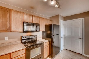 12928 Ironstone Way 303 Parker-large-013-23-Kitchen-1496x1000-72dpi
