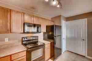 12928 Ironstone Way 303 Parker-large-013-23-Kitchen-1496x1000-72dpi